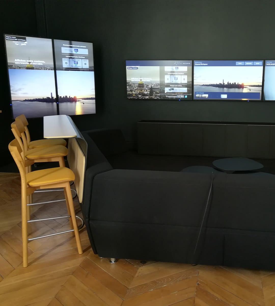 Intégration audiovisuelle salle de réunion pwc experience center par wipple : espace oblong