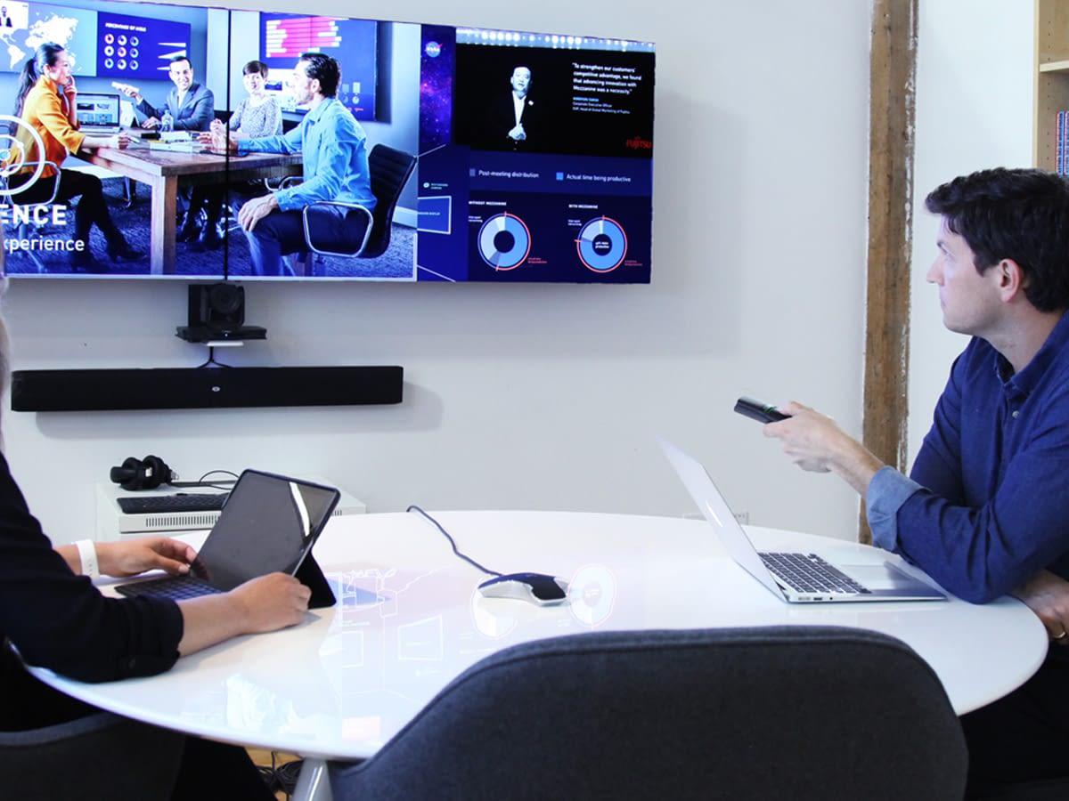 salle de décision avec Oblong mezzanine oblong - manipuler les contenus affichés avec télécommande