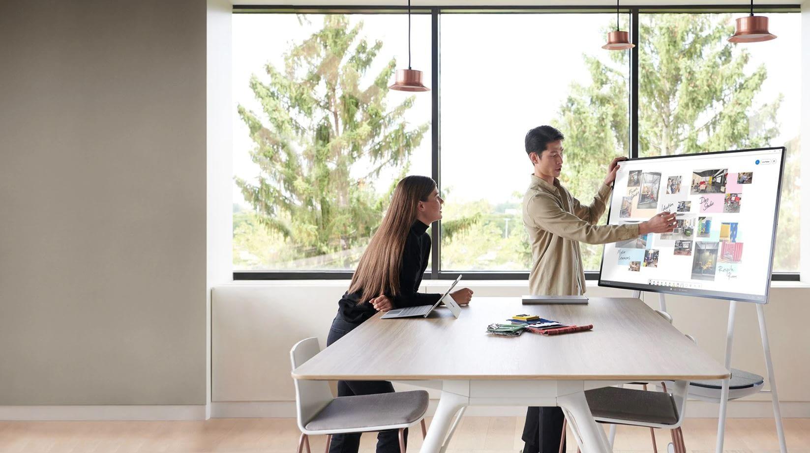 Retrouvez tous vos documents de travail sur Surface Hub !